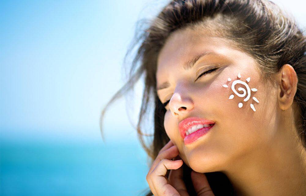 Cómo elegir un protector solar facial