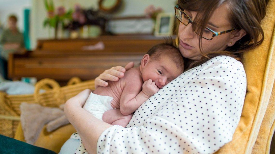 5 consejos para dormir bien cuando eres mamá nueva